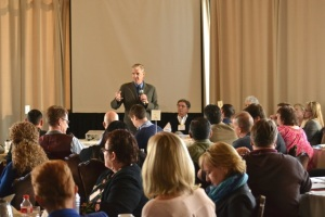 Tom Torlakson addressing teachers and administrators at CalTURN, 3/6/14 (photo by the author)