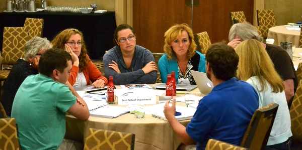 Labor and management at the table together, planning future collaboration. (TURN, Chicago, 7/29/14, photo by the author)